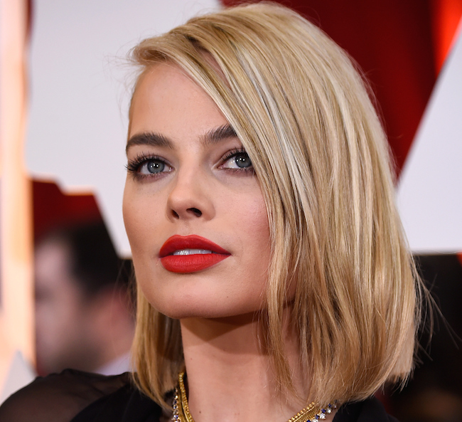 HOLLYWOOD, CA - FEBRUARY 22: Actress Margot Robbie attends the 87th Annual Academy Awards at Hollywood & Highland Center on February 22, 2015 in Hollywood, California. (Photo by Frazer Harrison/Getty Images)