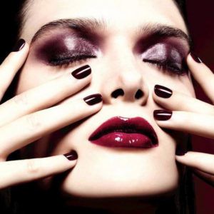 Chanel-Christmas-Holiday-2015-Rouge-Noir-Collection-1
