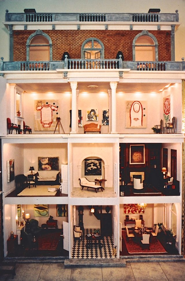 Miniature Dollhouse Makes its Debut in West Palm Beach